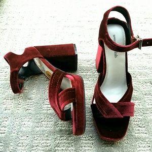 Seven dials magenta velvet block heel strapp heels